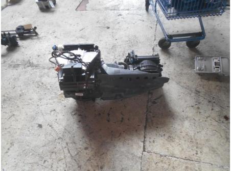 Piece-Bloc-chauffage-VOLKSWAGEN-GOLF-V-Diesel-f687a680f3c2027ee8db86d31bbae3f4a4b4a2fee46ba26f13c44a0c13a46293.JPG