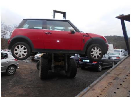 Vehicule-MINI-MINI-CLUBMAN-R55-MINI-CABRIOLET-R57-1-6-2001-64a441e6a9332426bacd8a960b71bc2345edc166c1023310579d2aa7bbe423f0.JPG