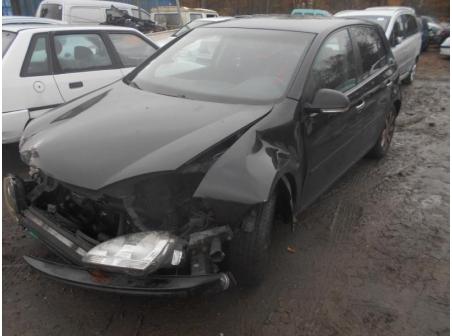 Vehicule-VOLKSWAGEN-GOLF-V-1-9-2005-f0b8811f35fa0e53693c83f273fec109cb78c43777cb6aceb720597fafa402c3.JPG