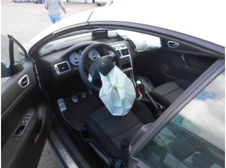 Vehicule-PEUGEOT-307-2-2005-bf6637ebd43e732349be3e390eab8be7769acf6f8730b860e63f242c293bba40.JPG