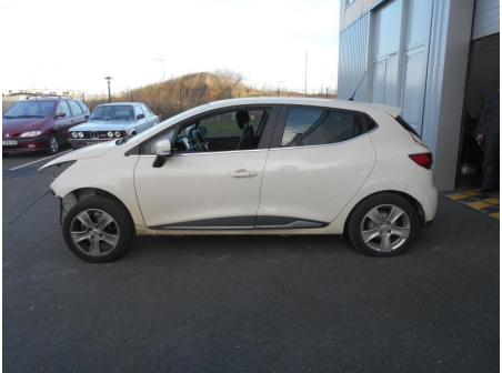 Vehicule-RENAULT-CLIO-III-CLIO-I-PHASE-1-1-5-2015-13af4dfba8f2213d4baa559c6f765eebfa00e5312f90e4c20c29312d41cd47cc.JPG