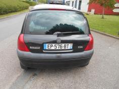 Vehicule-RENAULT-CLIO-II-Techrun-1-4-2000-fdc5b5e96fc000fcbc3c132d20dbc785326ba89aa0c940e76ac5e0816510fcc5.JPG