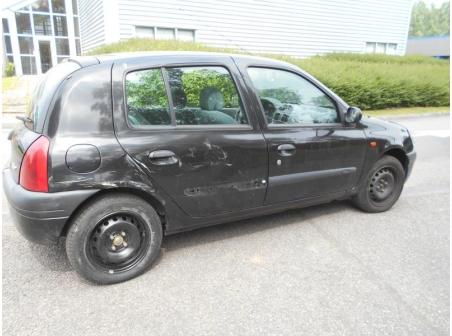 Vehicule-RENAULT-CLIO-II-Techrun-1-4-2000-91c422b750bf314bdae1b0b37ef4c3aab075569ad44380852ac96b49b7c59085.JPG