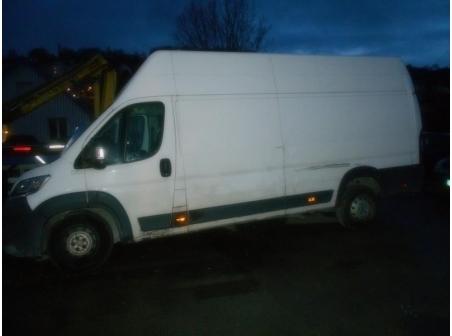 Vehicule-CITROEN-JUMPER-III-FOURGON-3-2014-20d7ba14bb153a267a596a2966bdfcebd89df3b7a14a67bd16baa4f85d243d13.JPG