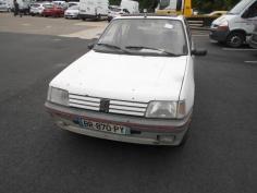 Vehicule-PEUGEOT-205-1-8-1994-c740c853c22f24de5c1231f6df187992e172a0f0e0245d96bd9168ba820ef406.JPG