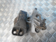 Piece-RENAULT-CLIO-IV-Diesel-2ac582db505fe6bed355fc7a9d0ec2991a04e676c0caf3212acfe475cbefe03c.JPG