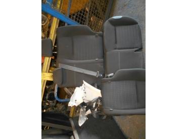 Piece-PEUGEOT-208-Access-Diesel-3ecb66599fcc0745bae3a1bcc686f2fbe254cec294325c02888e1f3c4fa1d8a8.JPG