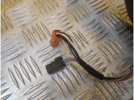Piece-PEUGEOT-208-Access-Diesel-c477b4ca3369ce62b7dd132ba012284d7f05ce9e155425ca85ec711fee6fddc8.JPG