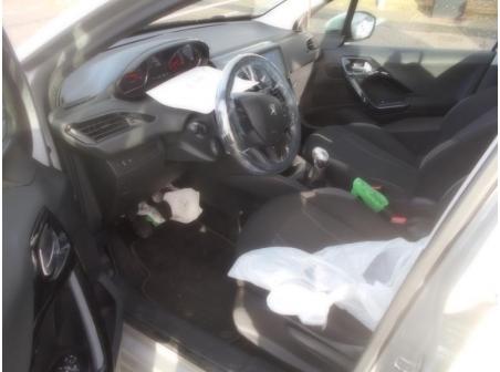 Vehicule-PEUGEOT-208-Access-1-4-2013-66902c6a13f304ddca1e2edc29b89bfcc1593878a09a22641798ba19705980e9.JPG