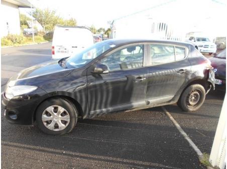 Vehicule-RENAULT-MEGANE-III-PHASE-1-1-5-2010-3d6fa1ed3ab6a974fec64912c73ae68a7cd58e0fea7c18e5217b6d188837cc9d.JPG