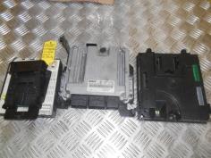 Piece-RENAULT-LAGUNA-III-COUPE-GT-4Control-Diesel-3ad0c11031d841caca71327f08243905f95c26a3baa3c59ffdb5eaed297671f7.JPG